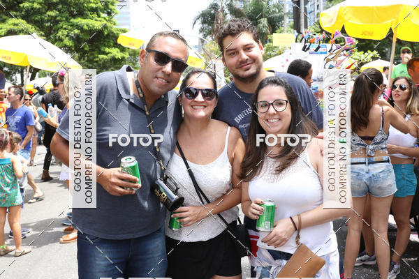 Buy your photos at this event Bloco Sargento Pimenta on Fotop