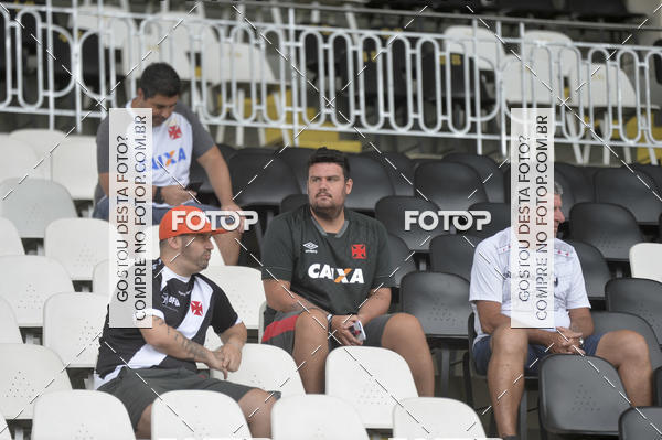 Buy your photos at this event Vasco X Volta Redonda - Estádio de São Januário - 04/02/2018 on Fotop