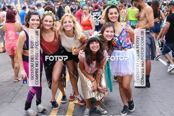 Buy your photos at this event Blocos de Rua - 23 de Maio on Fotop