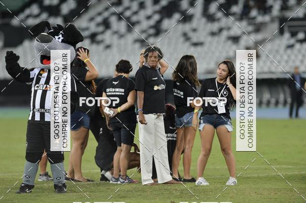 Buy your photos at this event Botafogo X Bangu - Estádio Nilton Santos - 06/03/2018 on Fotop