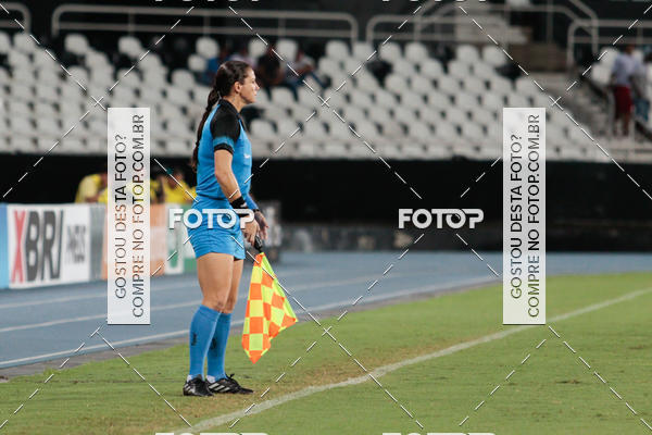 Compre suas fotos do evento Botafogo X Bangu - Estádio Nilton Santos - 06/03/2018 no Fotop