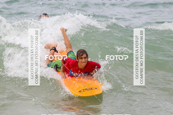 Buy your photos at this event Campeonato da Escola Municipal de Surf de Macaé on Fotop