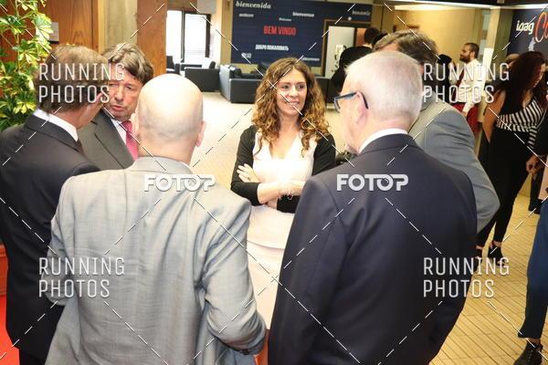 Buy your photos at this event ISAG - Entrega de Cartas de Curso 2018 on Fotop