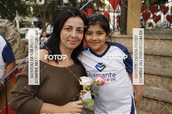 Buy your photos at this event Homenagem Dia Das Mães - Colegio Diamante Kids on Fotop