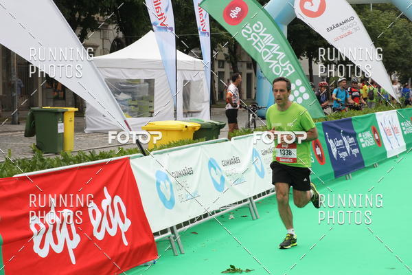 Buy your photos at this event Meia Maratona Guimarães 2017 on Fotop