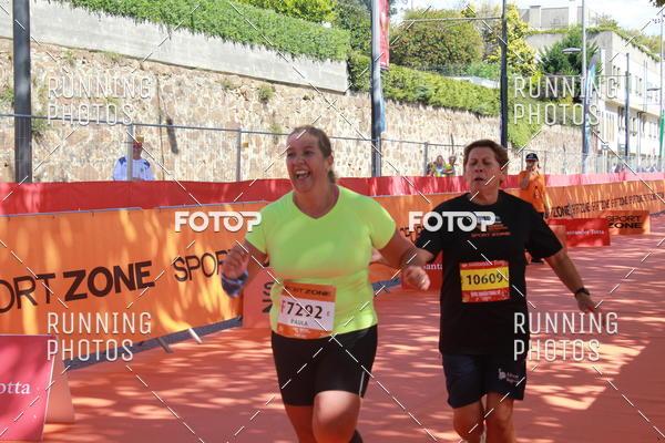 Buy your photos at this event Meia Maratona Porto 2017 on Fotop