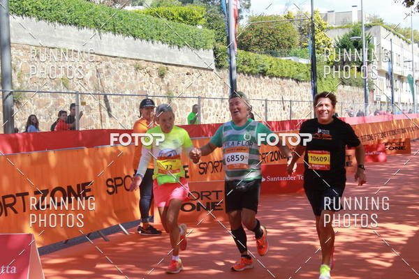 Buy your photos at this event Meia Maratona Porto 2017 on Fotop