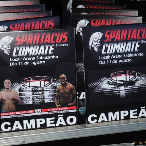 SPARTACUS COMBATE  on Fotop