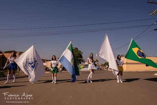 Desfile da Independência da E. E. Zico Mendonça on Fotop