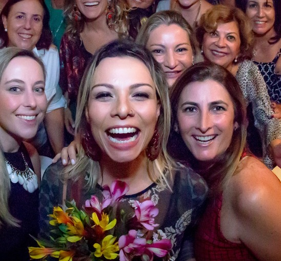 Jantar Beneficente Vejo Flores em Você on Fotop