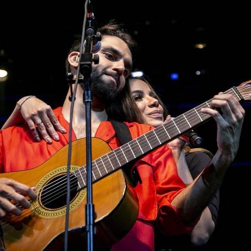 Show do Silva com Anitta no RJ on Fotop