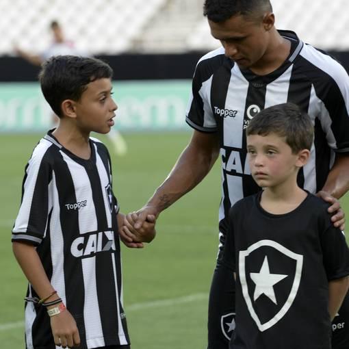 Botafogo x Bangu - Nilton Santos - 23/01/2019 on Fotop