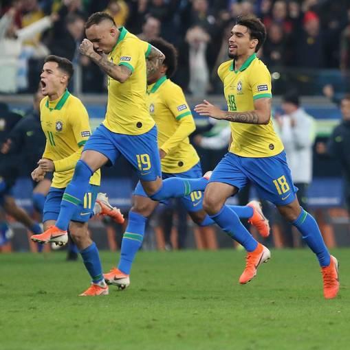 Brasil  x ParaguaiEn Fotos