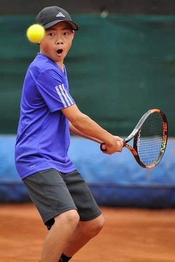 Compre suas fotos do evento I Hebraica Aberto de Tenis - 17 e 18 de out no Fotop