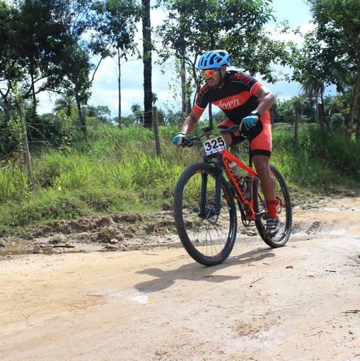 Pedal de ferro on Fotop