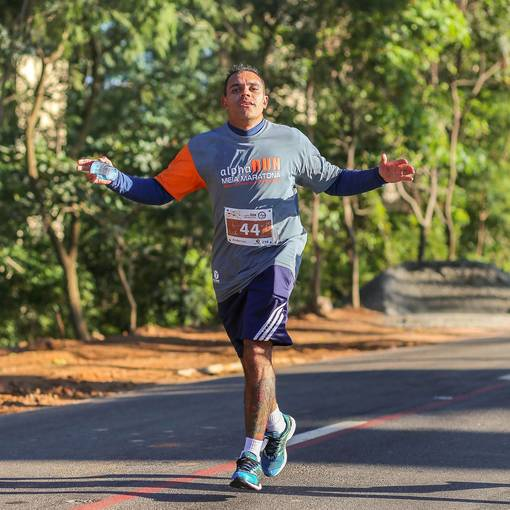MEIA MARATONA 21K ALPHA RUN no Fotop