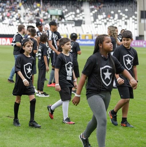 Botafogo x Vasco - Nilton Santos - 02/06/2019 on Fotop