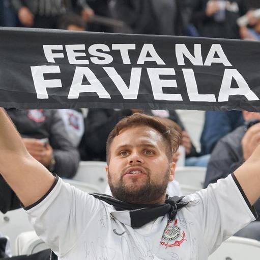 Corinthians x Montevideo Wanderers on Fotop