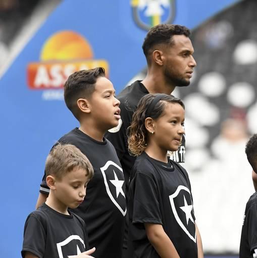 Botafogo x Fluminense – Nilton Santos - 06/10/2019 on Fotop