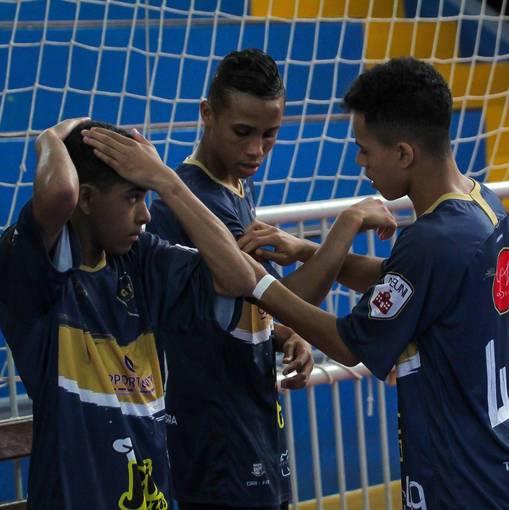 São Paulo FC x C.A Tabuca Juniors - Sub-16 (Jogo 2) on Fotop
