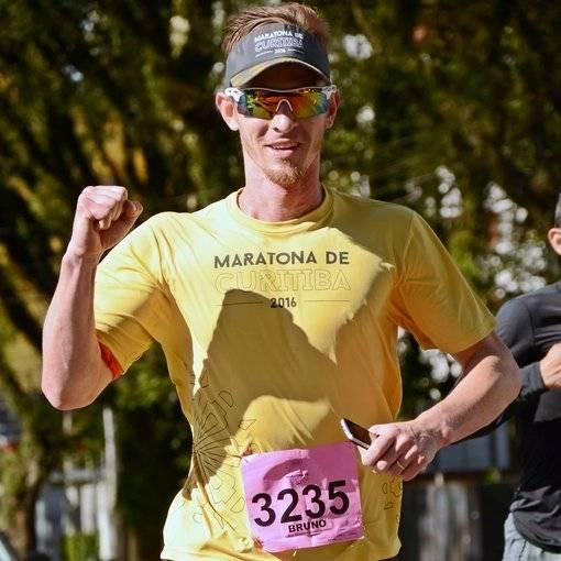 Maratona de Curitiba on Fotop