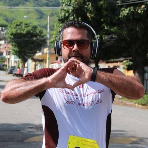 V Corrida e Caminhada da Paróquia de São Sebastião on Fotop