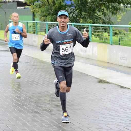 Corrida e Caminhada Madureira Run 5k on Fotop
