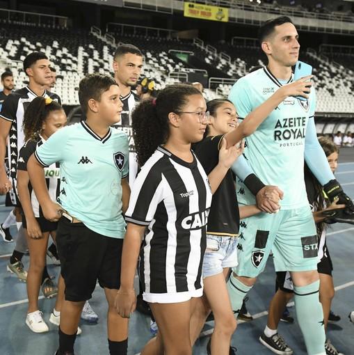 Botafogo X Resende – Nilton Santos - 30/01/2020En Fotop