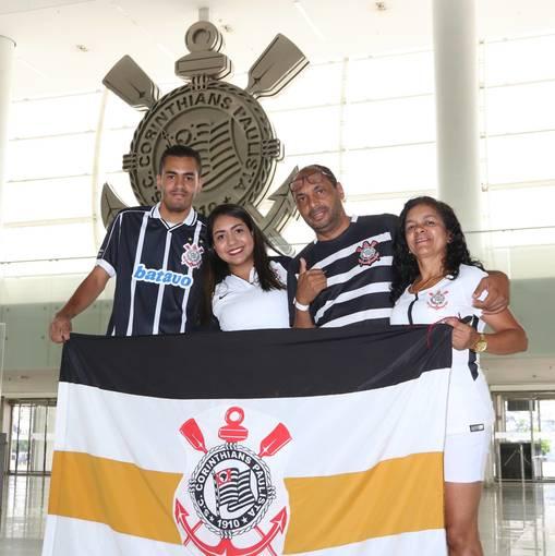 Tour Casa do Povo - 19/02 on Fotop