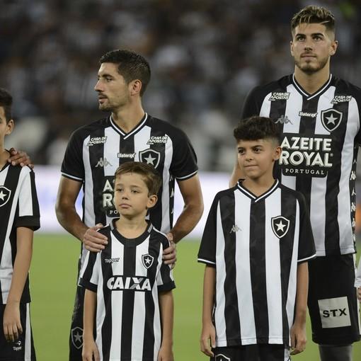 Botafogo x Paraná – Nilton Santos - 10/03/2020En Fotop