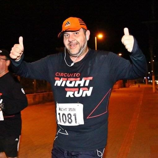 Compre suas fotos do evento Night Run - Campos do Jordão no Fotop