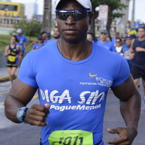 Compre suas fotos do evento 8º Circuito de Corridas Farmácias Pague Menos no Fotop