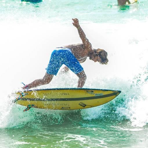 Surf - Praia Jardim de Alah - 12 de outubro 2021 no Fotop