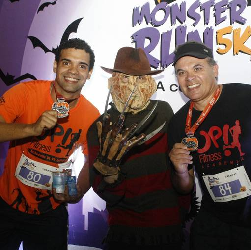 Buy your photos at this event Corrida Monster Run 5K e 10K - Santos on Fotop