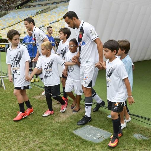 Compre suas fotos do evento Vasco x Coritiba – Maracanã no Fotop