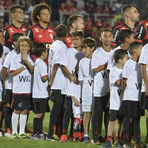 Flamengo - RJ X Cruzeiro - MG – Ilha do Urubu - 08/11/2017 no Fotop