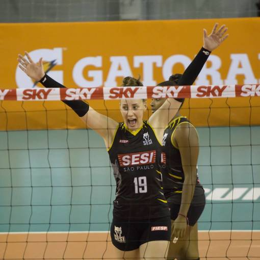 Buy your photos at this event Superliga Feminina de Volei SESI SP x Dentil/Praia Clube on Fotop