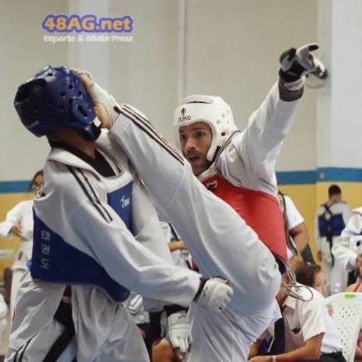 Buy your photos at this event Copa Yong Min Kim de Taekwondo on Fotop
