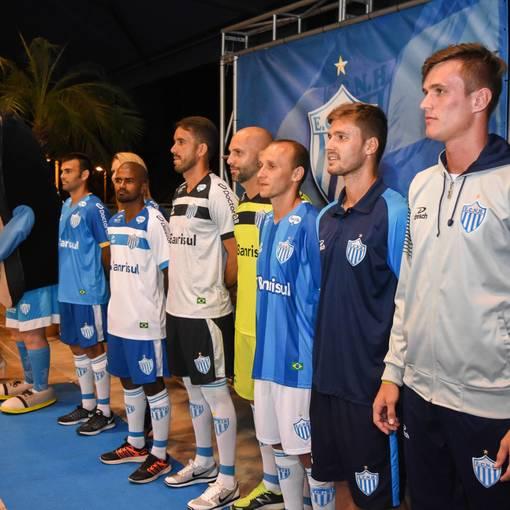 Lançamento Uniforme Esporte Clube Novo Hamburgo no Fotop