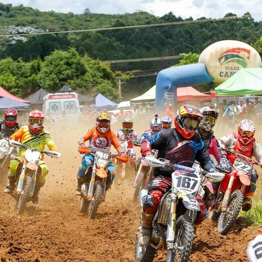 Torneio de Verão Cross Park de Velocross no Fotop