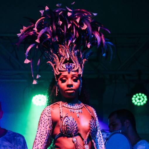 Carnaval Rio das Ostras - Camping  no Fotop