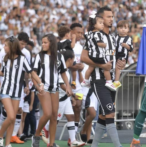 Botafogo x Vasco - Nilton Santos - 01/04/2018 on Fotop