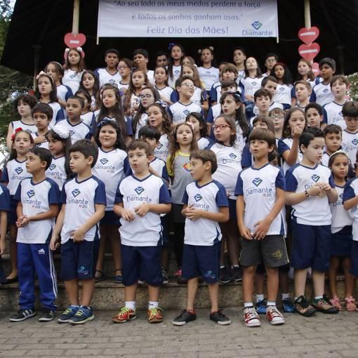 Homenagem Dia Das Mães - Colegio Diamante Kids no Fotop