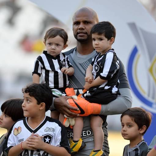 Botafogo x Vitoria - Nilton Santos  - 27/05/2018 on Fotop