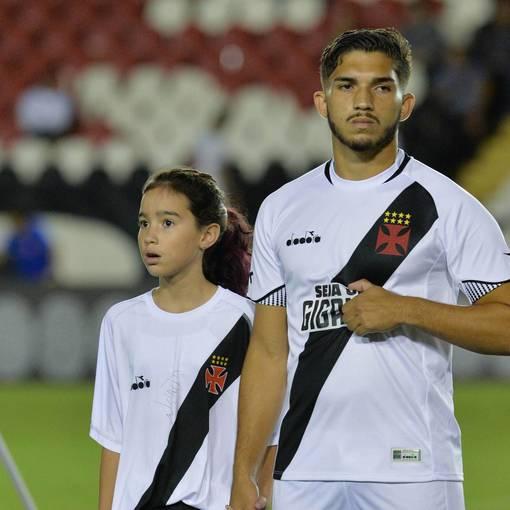 Vasco x Paraná - São Januário  - 30/05/2018 on Fotop
